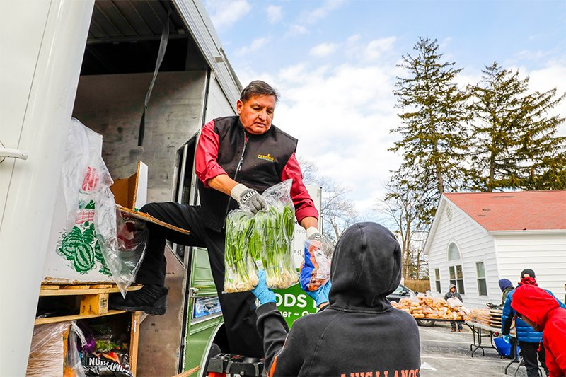 Blog-FoodBanksvsFoodPantries-800px